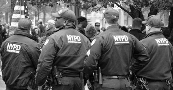 Tin tặc phát tán dữ liệu của cảnh sát và trung tâm liên hiệp Hoa Kỳ